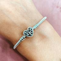 Venez découvrir notre nouvelle collection Pandora et trouver le cadeau parfait pour votre Maman ! 💝